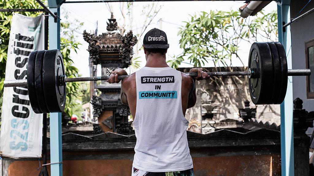 S2S CrossFit, Beachworkout & Surfen auf Bali - Outdoor Fitness Urlaub Bali - Fitnessreisen für Reiseathleten