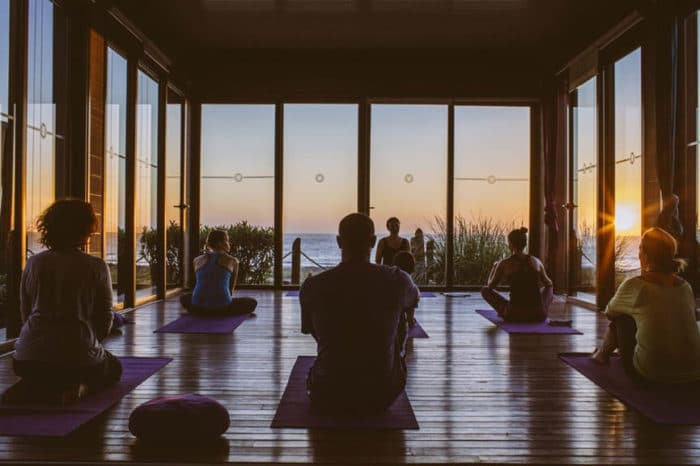 Yoga, Surf & Fitness Retreat für Reiseathleten im 5-Sterne Surf, Yoga & Spa Resort am Strand von Taghazout – Fitnessurlaub in Marokko