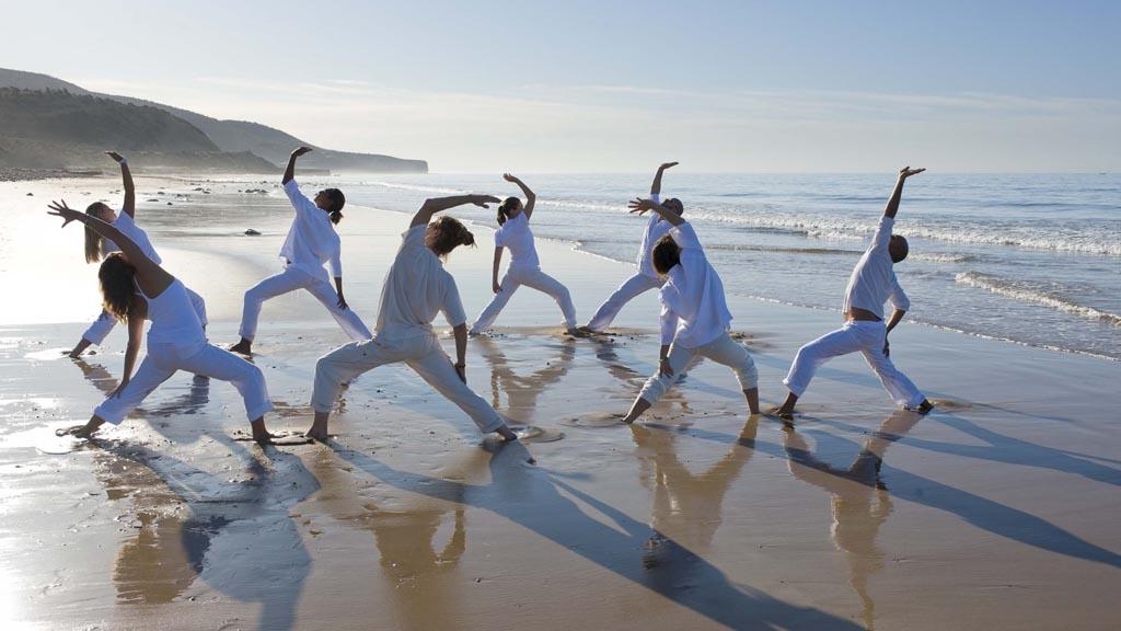 Yoga am Strand - Paradis Plage Surf Yoga & Spa Resort - Fitnessurlaub mit Reiseathleten - Marokko Plage