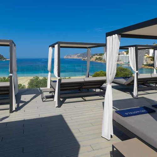 CrossFit Mallorca Urlaub - H10 Casa del Mar - Sunbeds - Fitness Urlaub - Fitnessreisen mit Reiseathleten