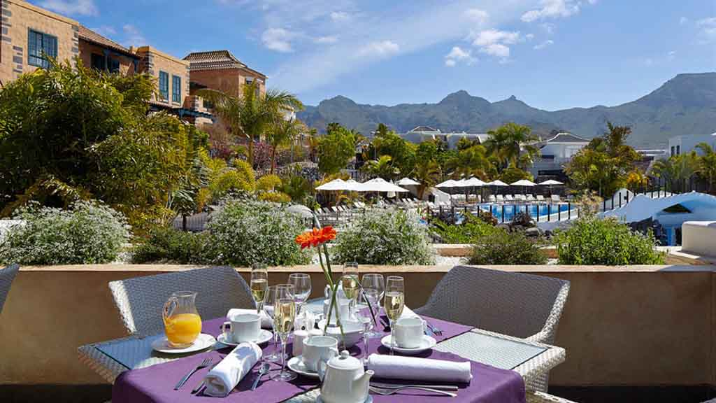 Hotel - Frühstückstisch - Hotel Suite Villa Maria - Fitnessurlaub Teneriffa - Fitnessurlaub für Reiseathleten