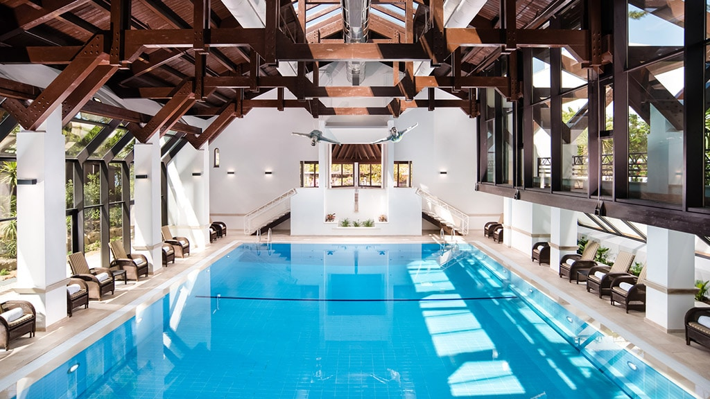 Pine Cliffs Goes Active Retreat Indoor Swimming Pool - Fitnessreisen für Reiseathleten