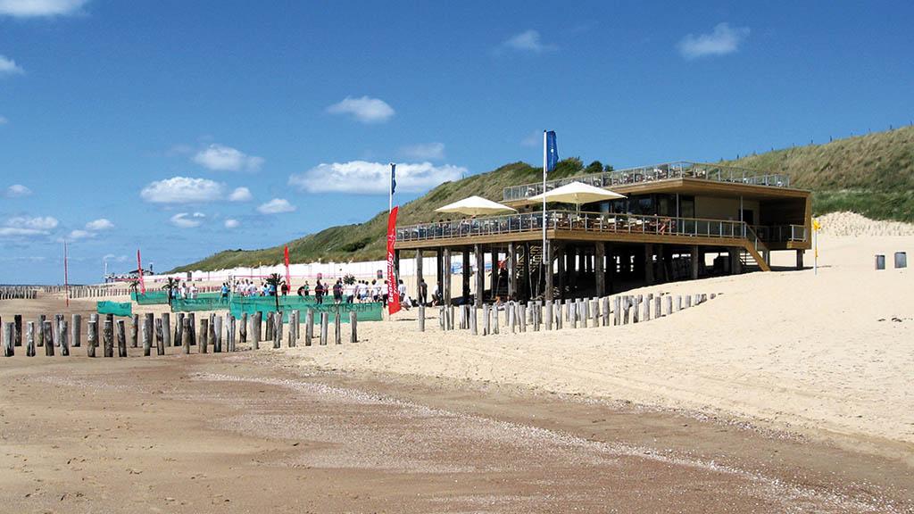 Beachclub - Beach Hotel Zuiderduin in Holland - Fitnessreisen Holland - Fitnessurlaub für Reiseathleten
