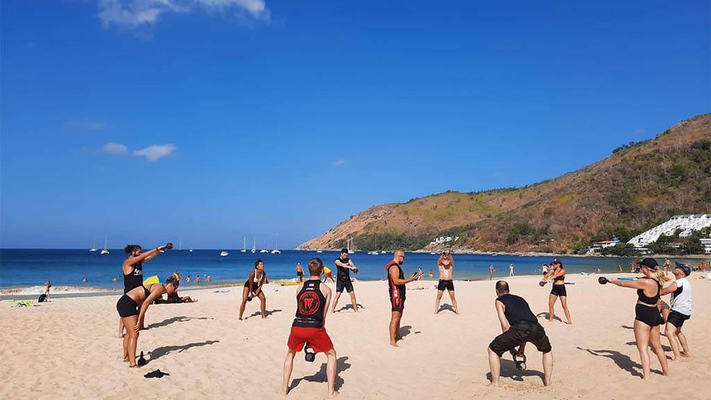 Beach Workout - Titan Fitness Camp Phuket Thailand - Fitnessurlaub Phuket - Fitnessreisen in Thailand für Reiseathleten