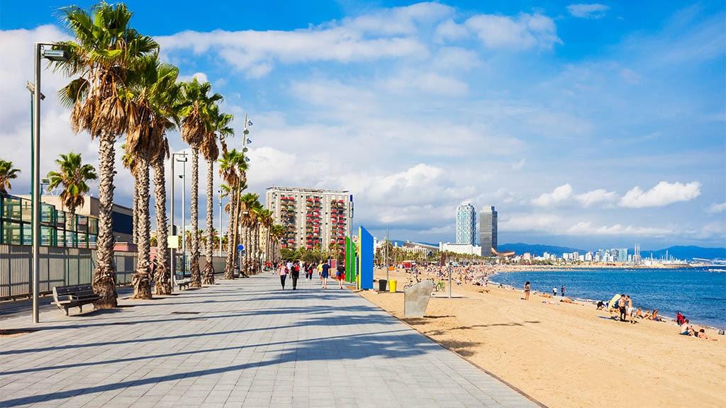 Barceloneta Strand - Fitnessurlaub Barcelona - Fitnessurlaub für Reiseathleten