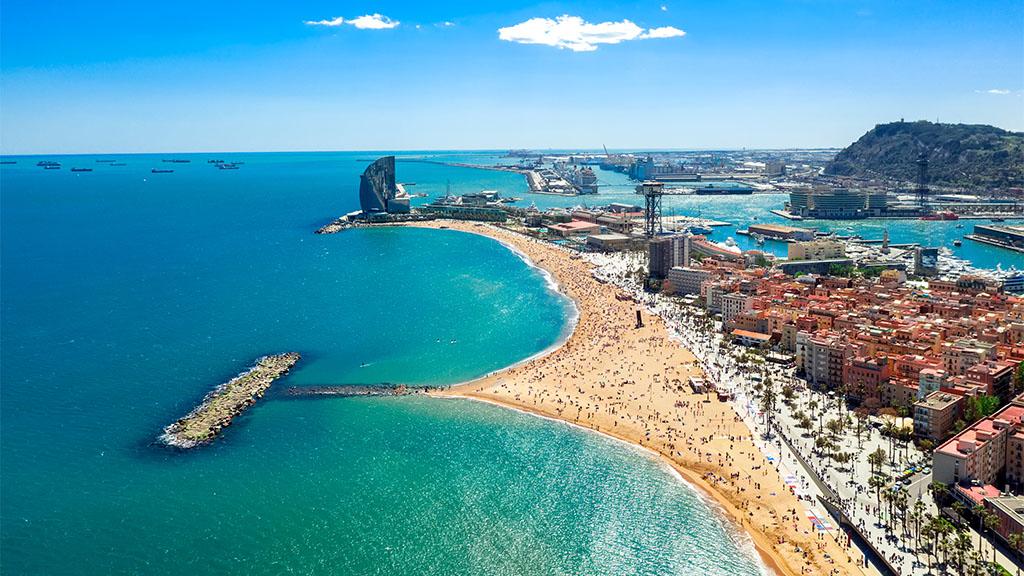 Barcelona - Barceloneta Strand - Fitnessurlaub Barcelona - Fitnessurlaub für Reiseathleten