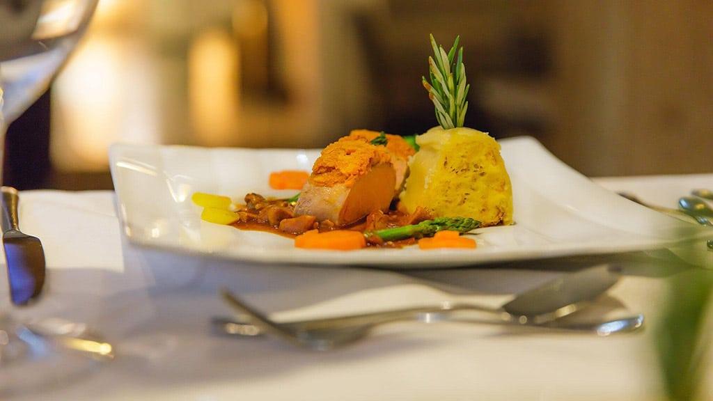Fitnessurlaub in Österreich - Abendessen im Hotel 4 Jahreszeiten Pitztal - Fitnessreisen für Reiseathleten