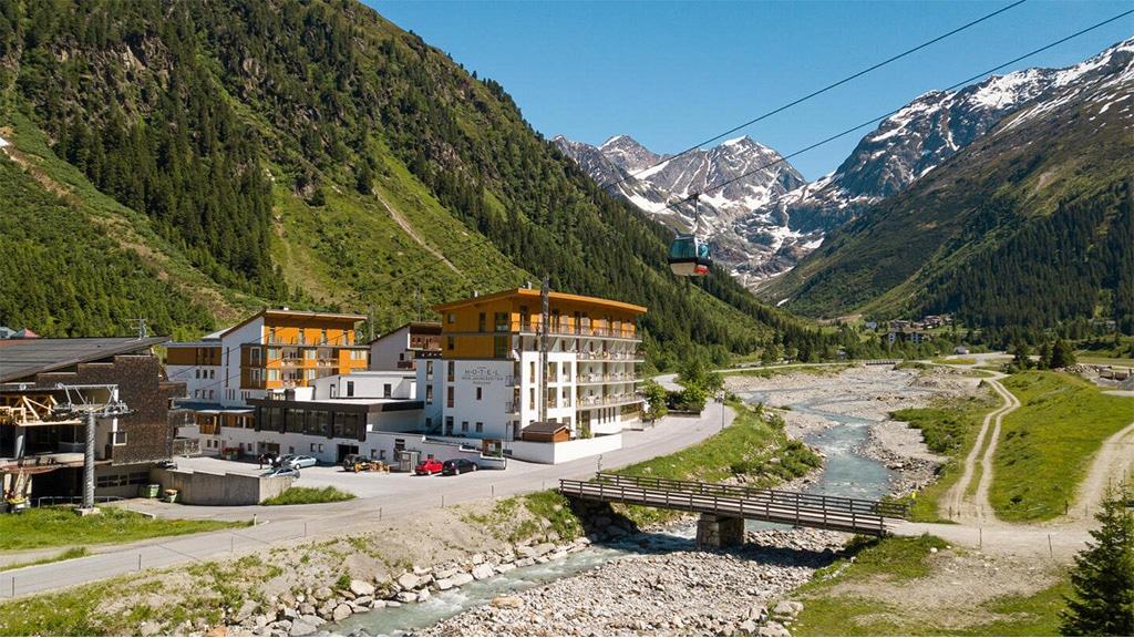 Fitnessurlaub in Österreich - Anreise Hotel 4 Jahreszeiten Pitztal - Fitnessreisen für Reiseathleten