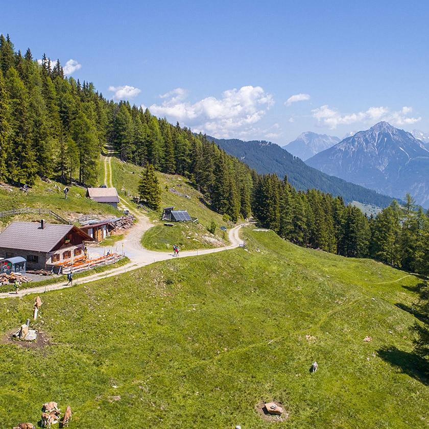 Fitnessurlaub in Österreich - Umgebung Alpen Hotel 4 Jahreszeiten Pitztal - Fitnessreisen für Reiseathleten
