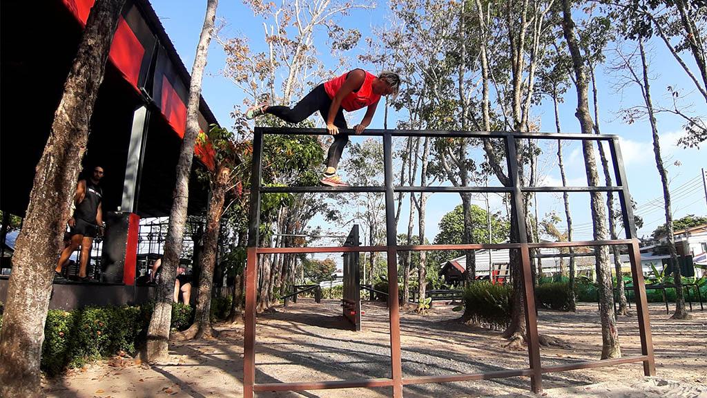 Outdoor Parkour - Titan Fitness Camp Phuket Thailand - Fitnessurlaub Phuket - Fitnessreisen in Thailand für Reiseathleten