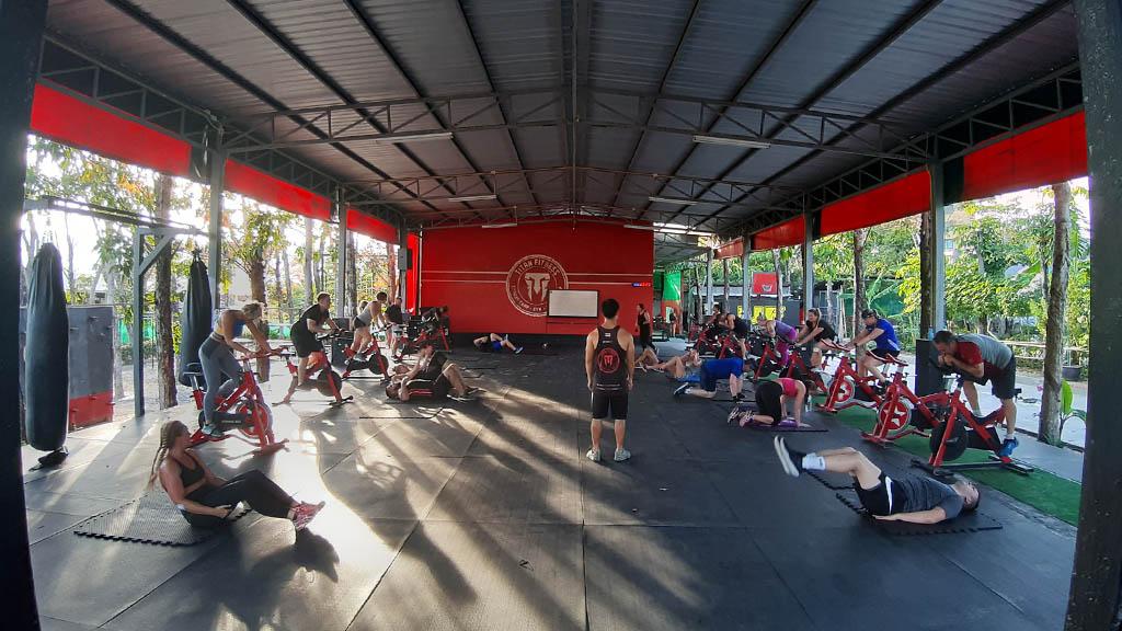 Workout - Fitnesskurs - Titan Fitness Camp Phuket Thailand - Fitnessurlaub Phuket - Fitnessreisen in Thailand für Reiseathleten